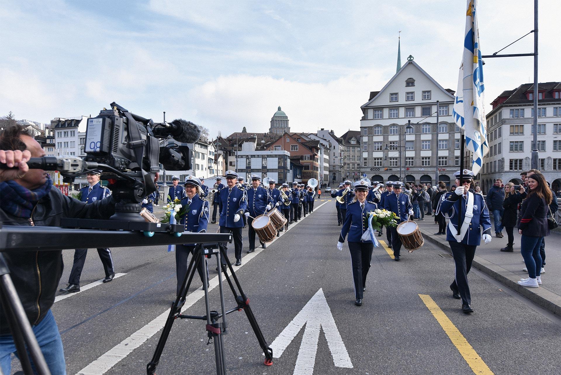Achtung Aufnahme! Die Polizeimusik im Samschtig-Jass