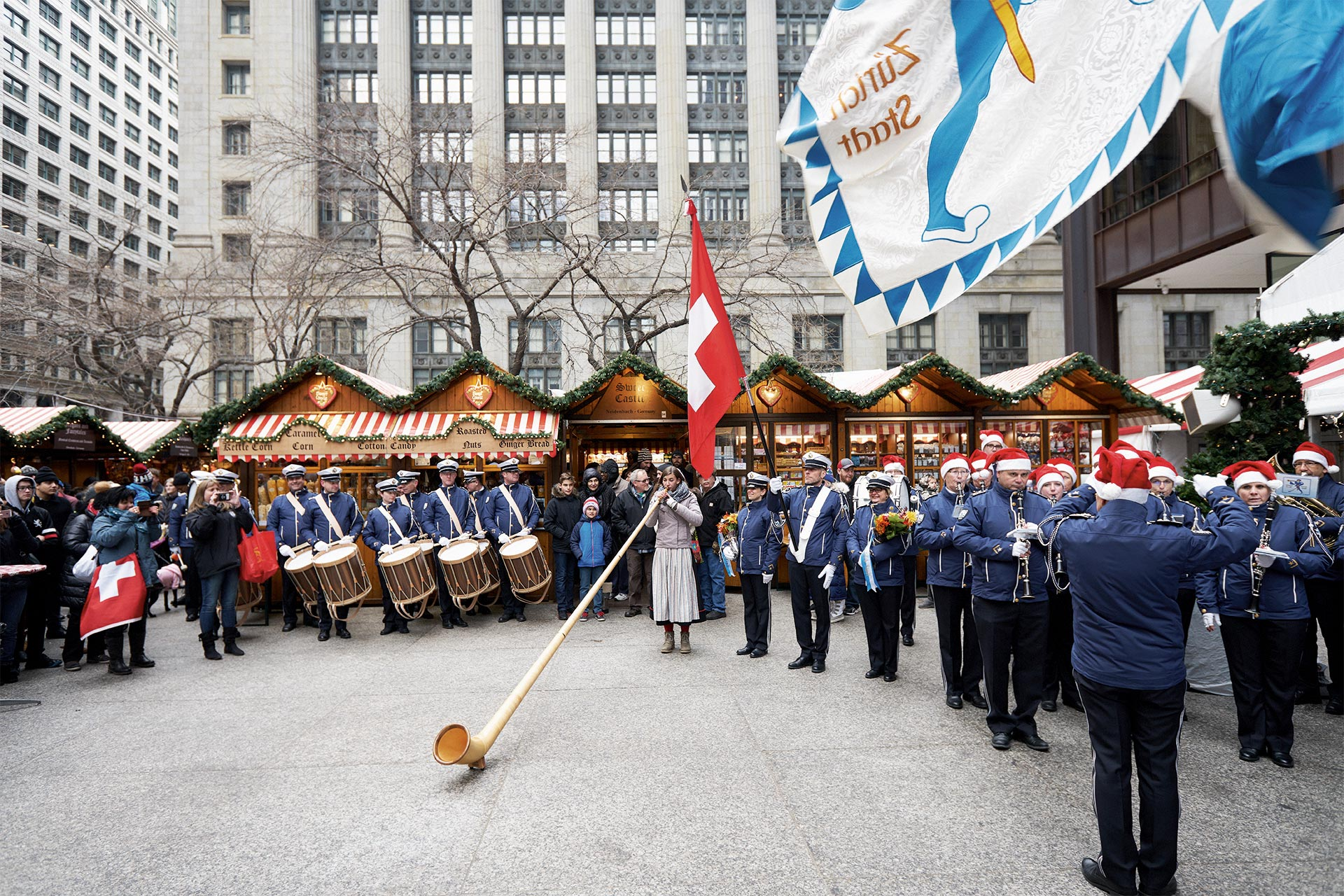 Die Polizeimusik  Zürich-Stadt  begeistert Chicago
